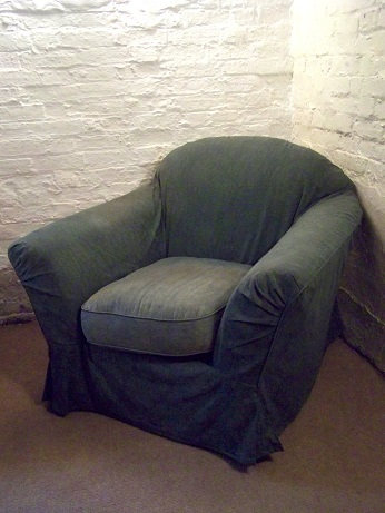 loose covered chair for recovering.