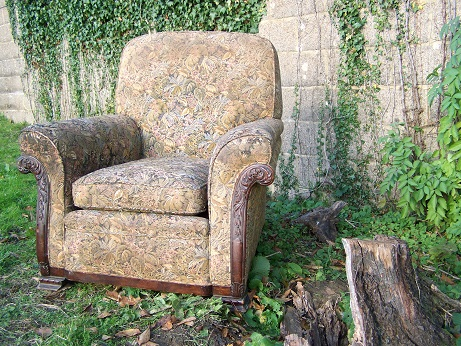 show wood armchair for restoration.