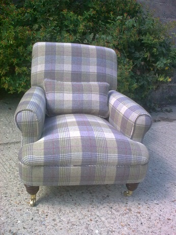 arm chair, in moon wool tartan
